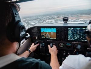 Best Monitors for Flight Simulators